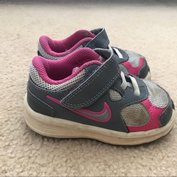 Nike Grey & Pink Velcro Sneakers Baby Size 5C